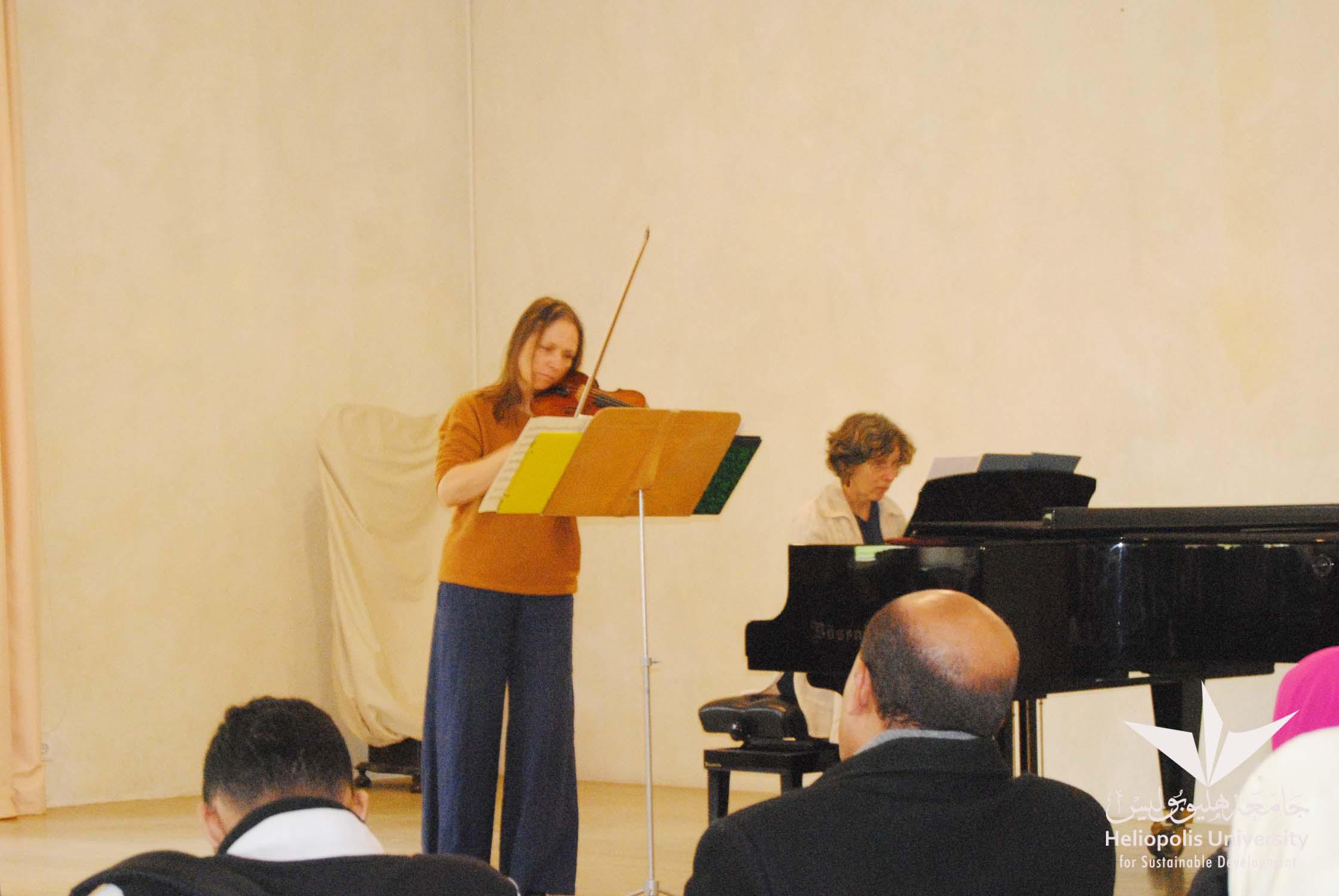 classical music violin of Astrid Abas and piano of Dorien Verheijden
